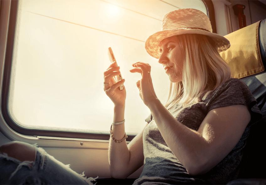 É possível assistir filmes em ônibus sem internet? Com a Busflix é!
